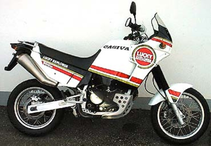 Мотоцикл Cagiva Elefant 900 ie Lucky Explorer 1990