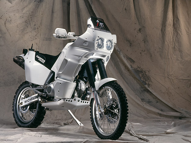 Мотоцикл Cagiva Elefant 906SP 1994