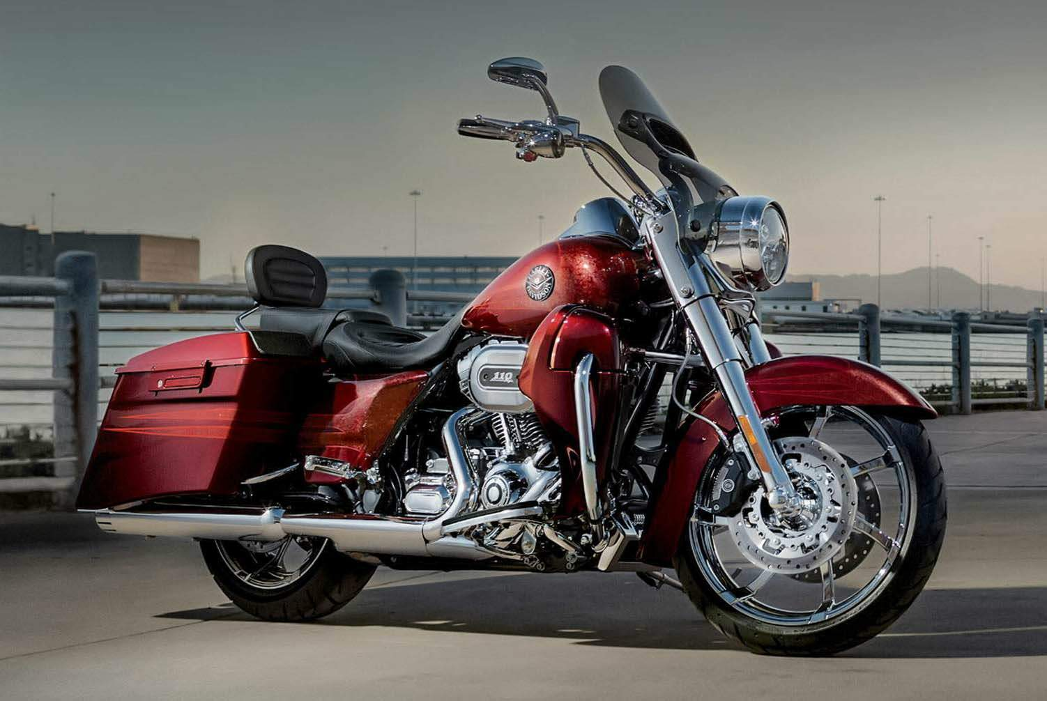 Мотоцикл Harley Davidson FLHR Road King CVO 110th Anniversary 2013