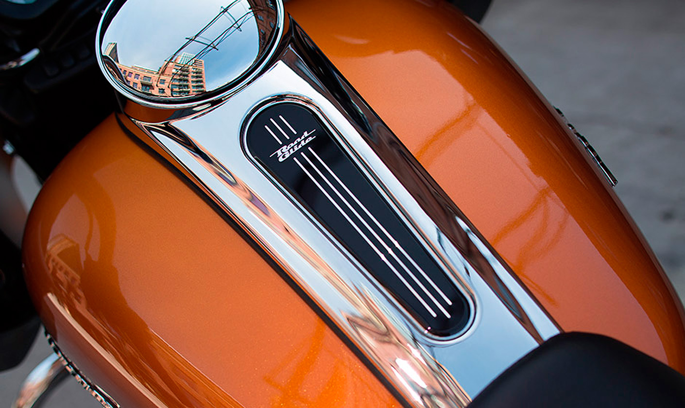 Мотоцикл harley davidson road glide 2015