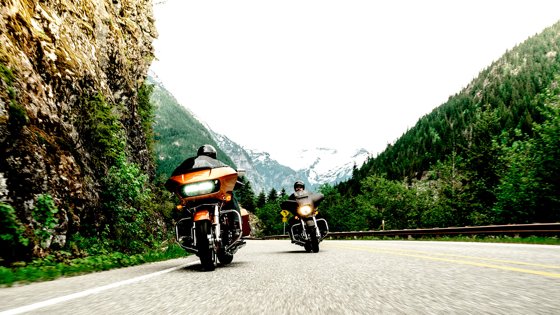 Pin Harley Davidson Road Glide 2015 on Pinterest