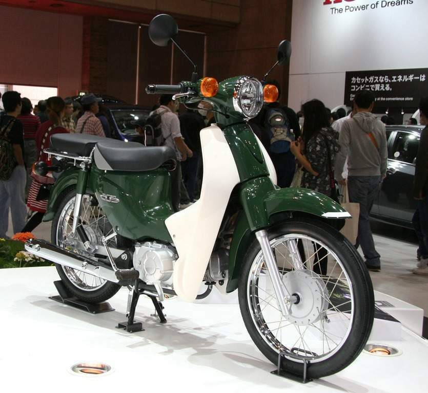 Мотоцикл Honda C 110 Super Cub (Scooter) 2013
