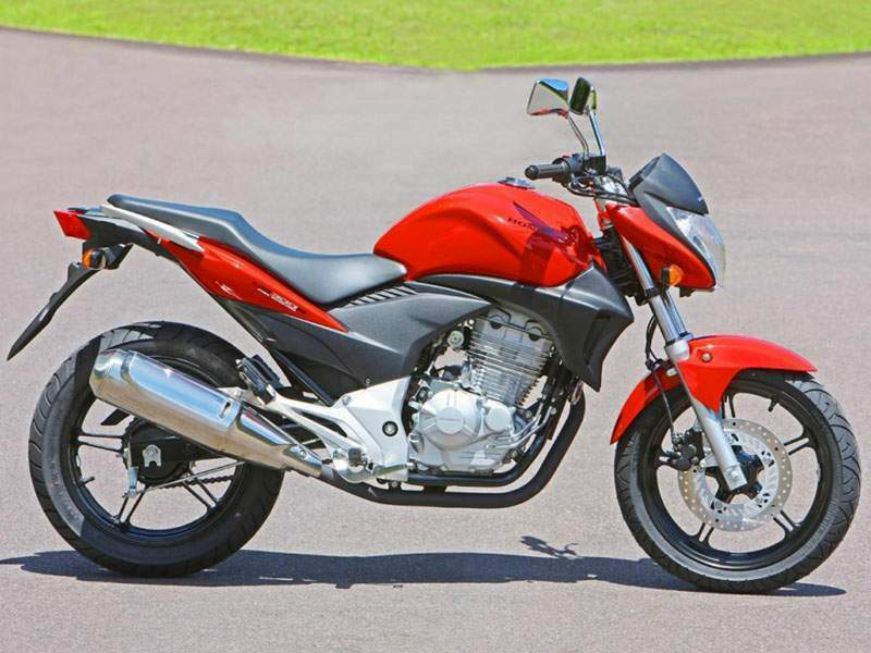 Мотоцикл Honda CB 300R (Brazilian model) 2013