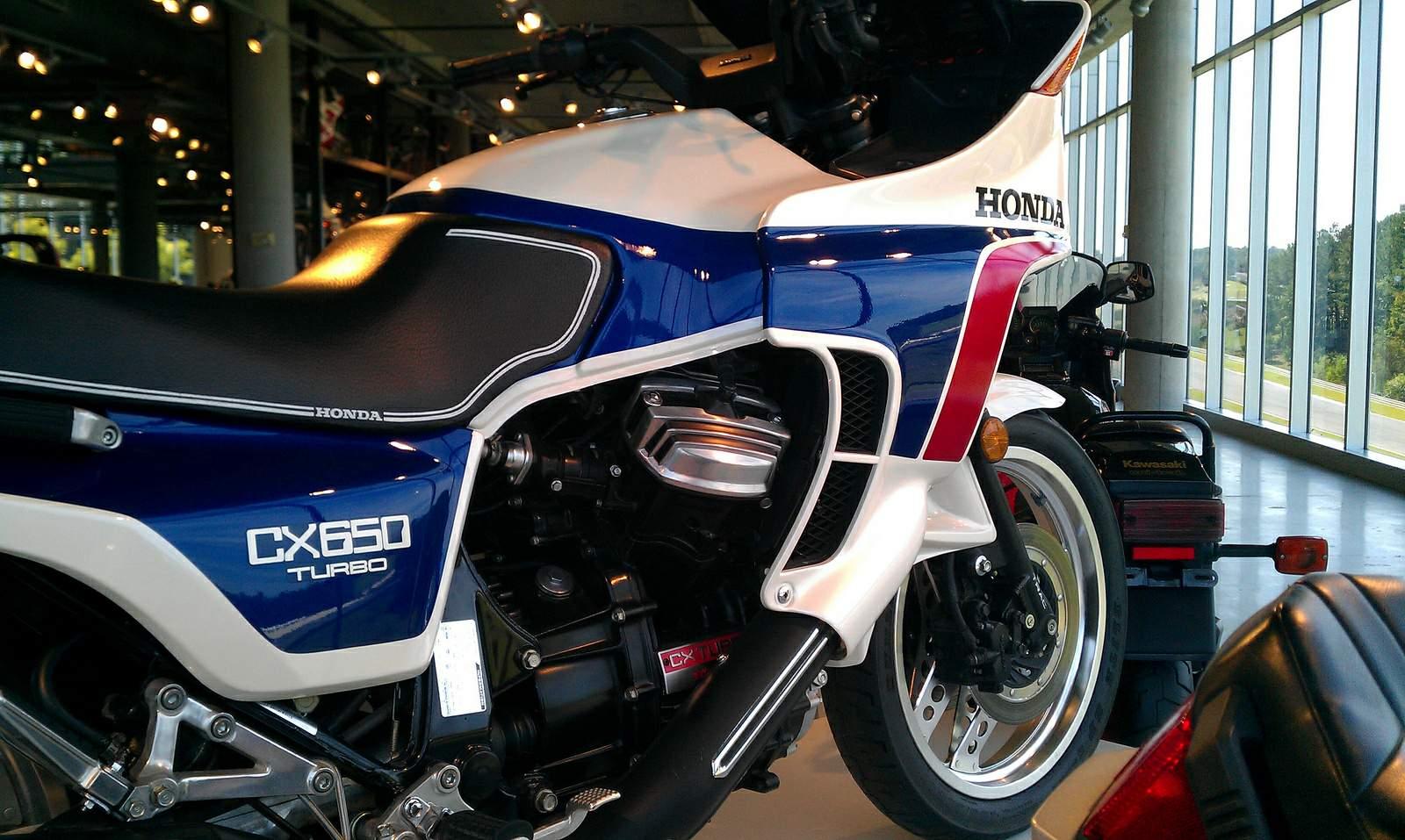 Honda 650 CX turbo de 1984 doccasion - Motos anciennes de collection japonaise Motos vendues