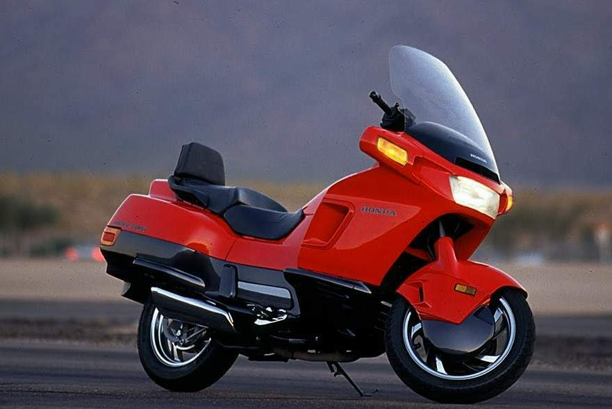 Мотоцикл Honda PC Pacific Coast 800 1993