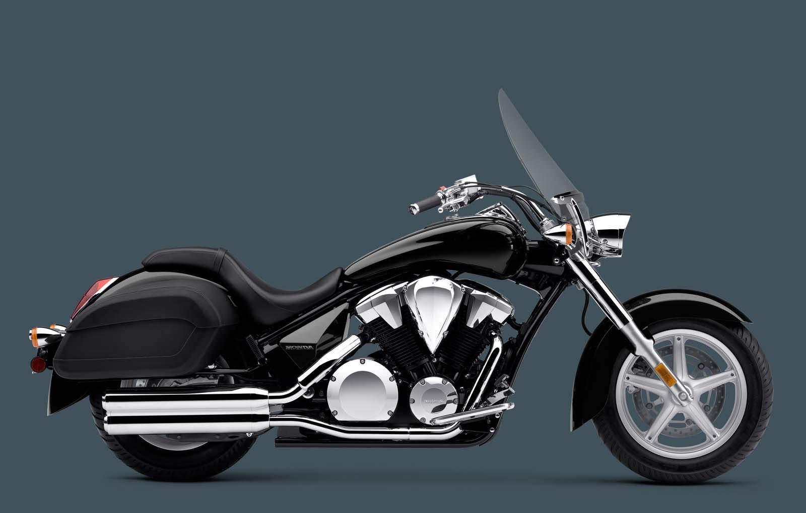 Мотоцикл Honda VT 1300CT Interstate 2015