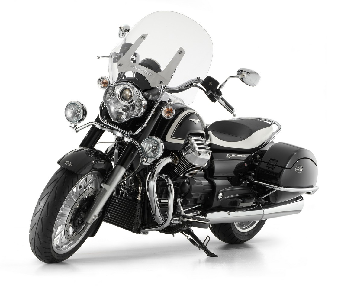 Мотоцикл Moto Guzzi California 1400 Touring 2013