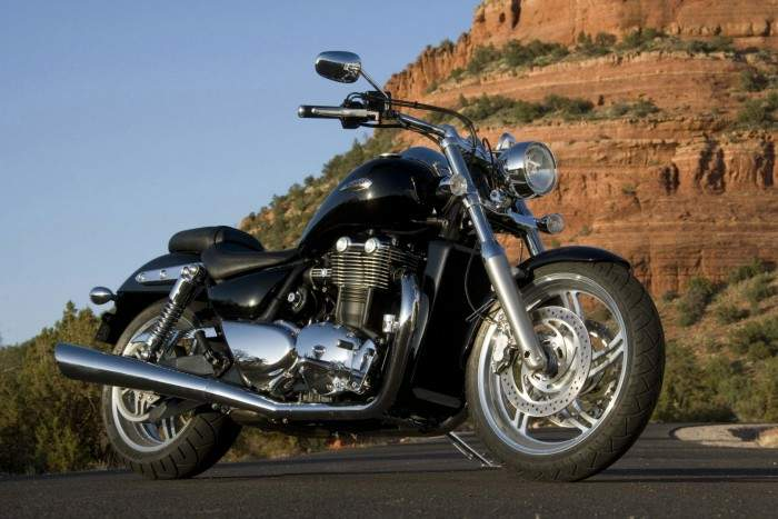 Мотоцикл Triumph Thunder bird 1600 2009