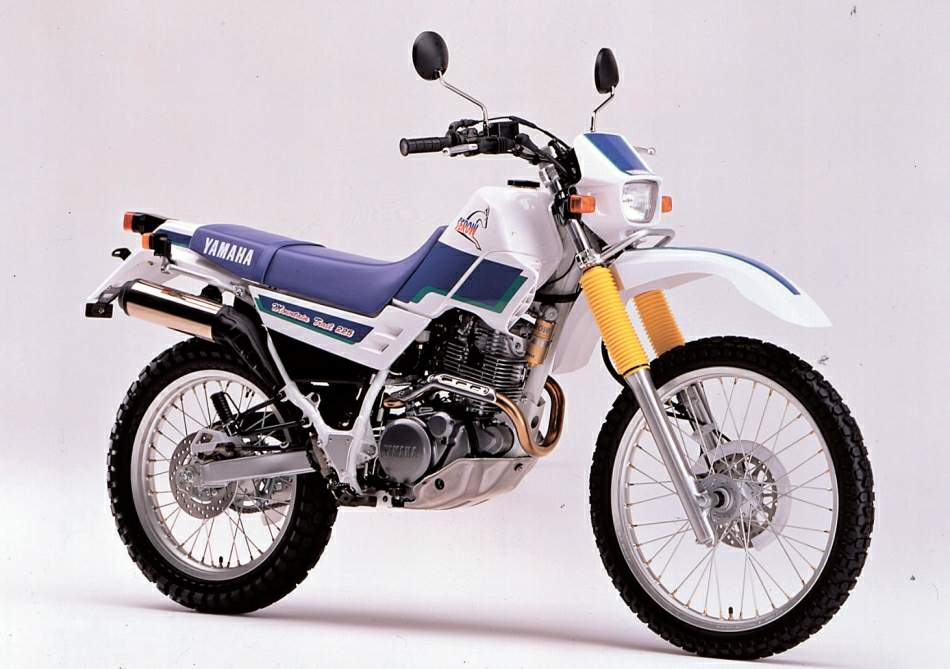 Мотоцикл Yamaha XT 225 Serow 1990