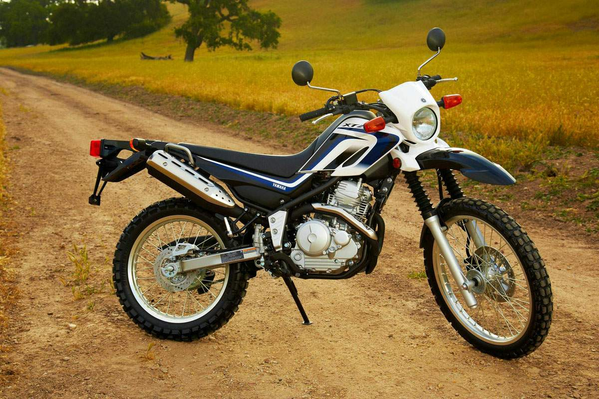 Мотоцикл Yamaha XT 250 Serow 2013